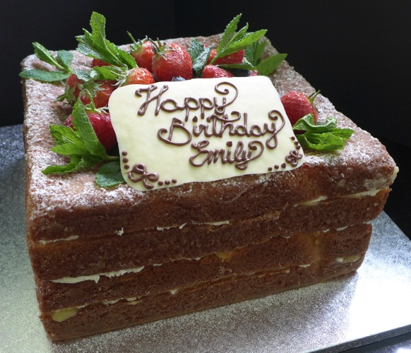 Our Smallest Cakes Serve 12 And At The Other End Of Range We Make To Over 100 Guests Pricing Guidance Is Shown Below